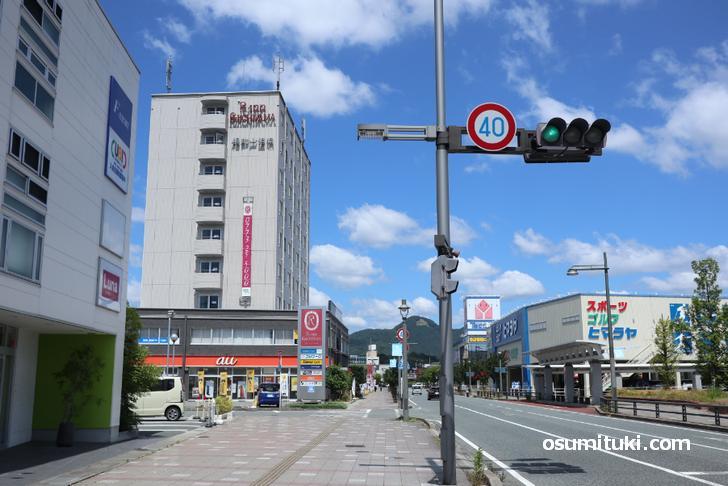 福知山駅南口、Rinn というホテルの一階です