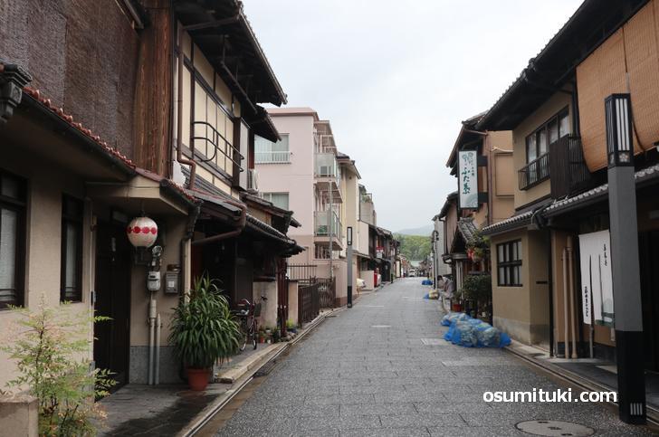 京都・上七軒のこの辺らしい