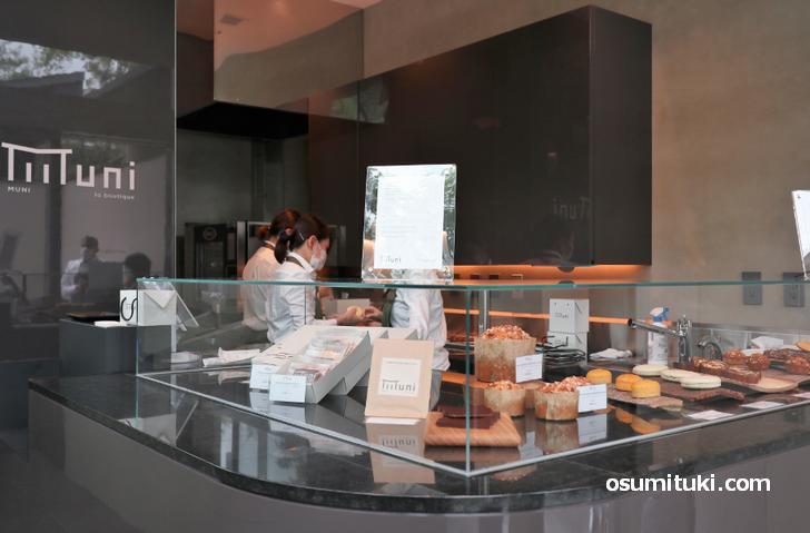 LA BOUTIQUE(フランス焼き菓子の専門店)店内の様子
