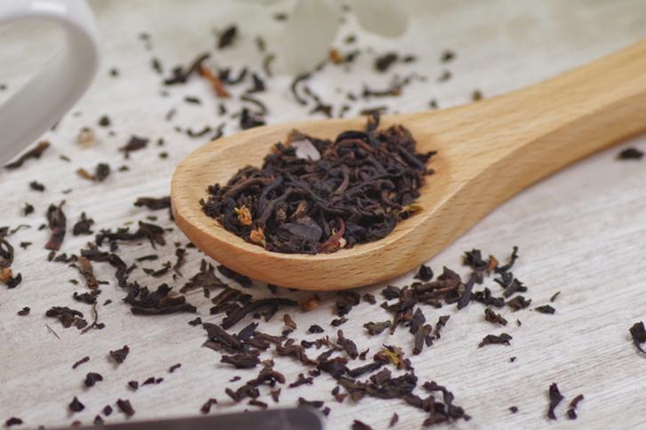 紅茶は茶葉を発酵させて作られています