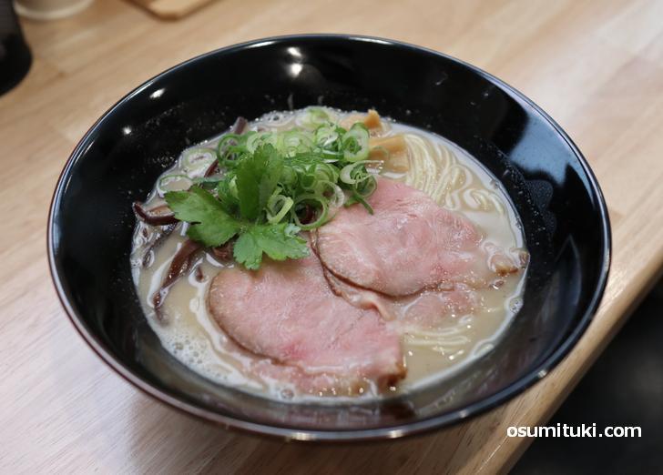 濃厚豚骨拉麺 元味 780円