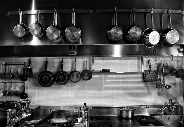 厨房器具をミニチュアにして販売する「ドールハウス ミニ厨房庵」が『人生の楽園』で紹介