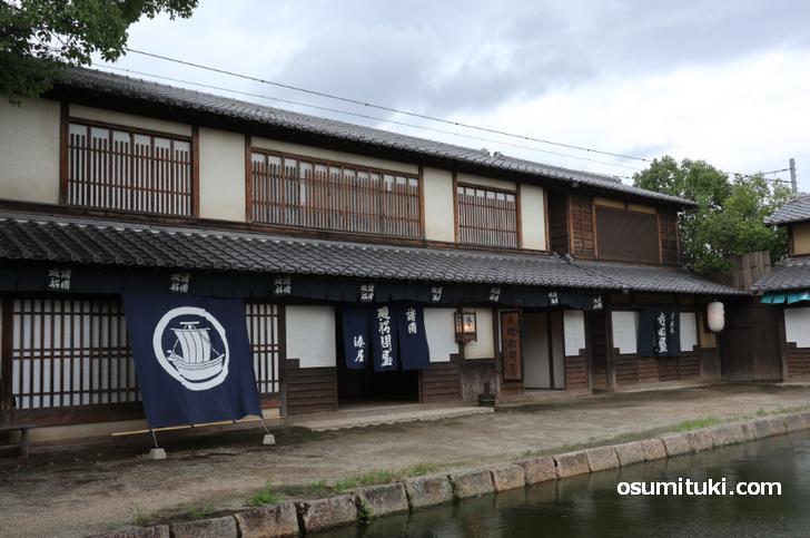 江戸時代のセットが立ち並ぶ東映太秦映画村