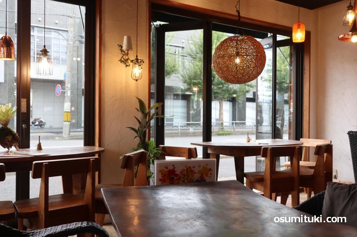 バリ島の創作料理が楽しめるカフェが「バリガシ」です