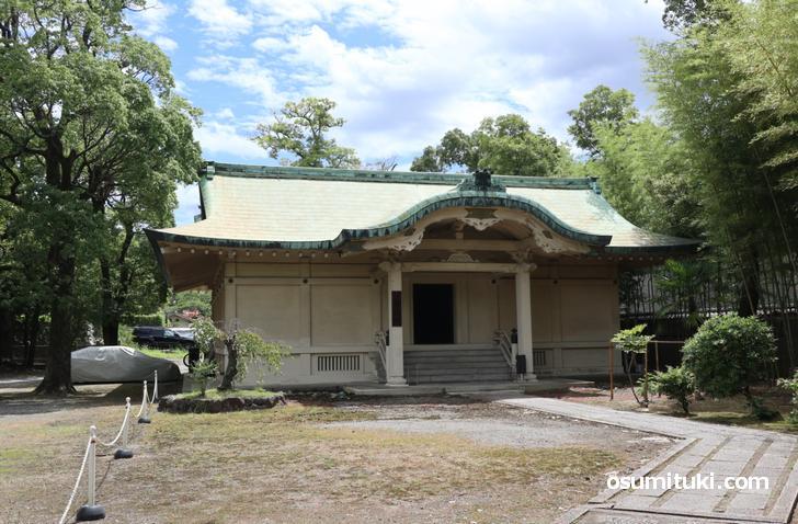 豊国神社が所蔵する豊臣秀吉ゆかりの品々が展示されている宝物館