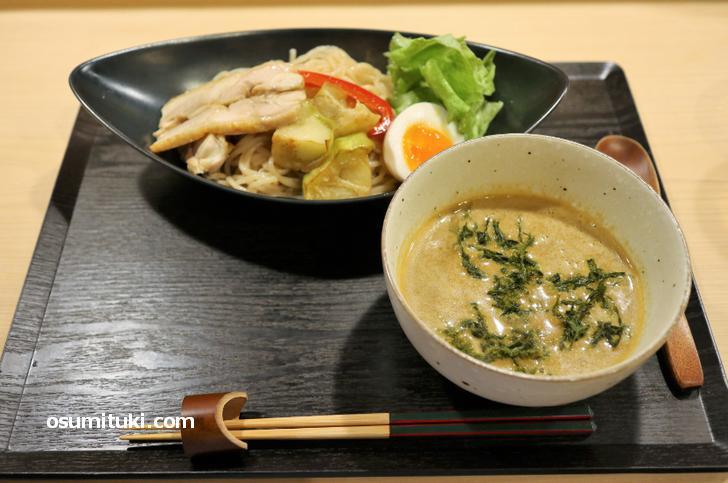 料理屋てら戸「カレーつけ麺」880円