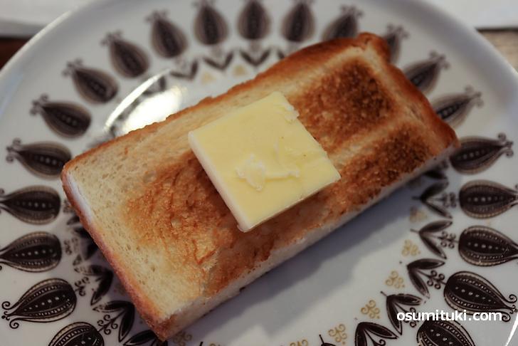 トースト&バターがよく合いました