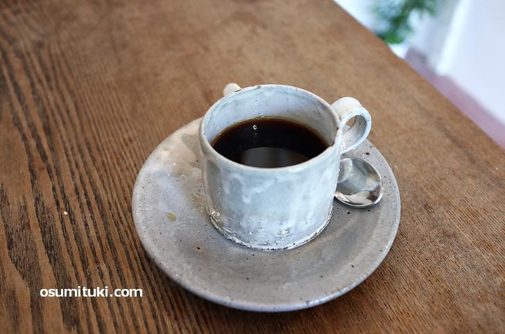 コーヒーは自家焙煎でほんのり苦みがありますがブラックでも飲みやすいです