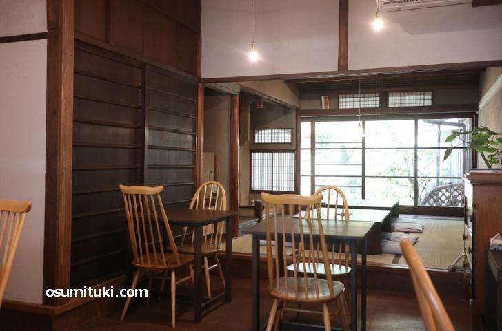 京町家そのまま使ったカフェが併設されています(ベジサラ舎)