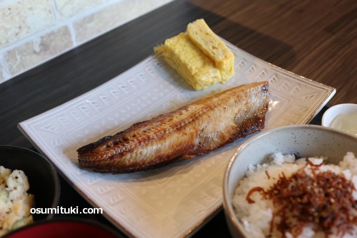 しまほっけ(焼魚)