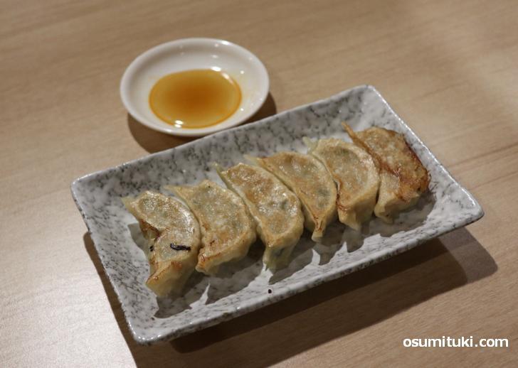 餃子は肉の旨味と脂の甘さをとてもよく感じました