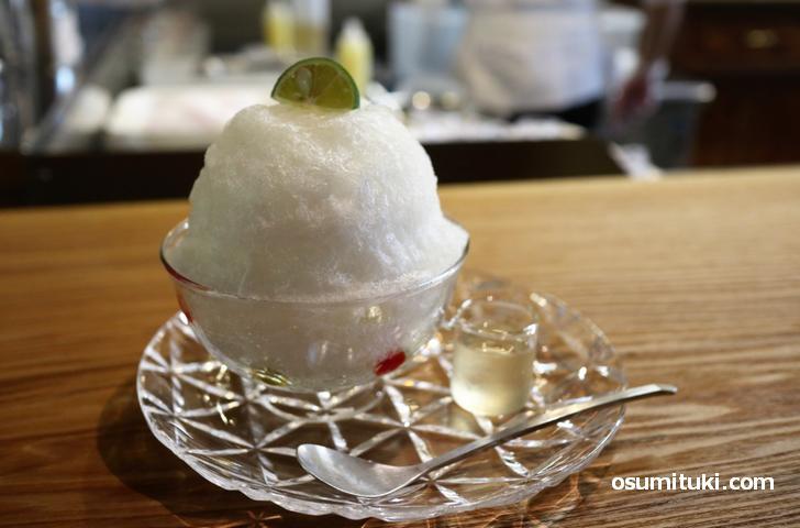 かき氷は11種類、野菜シリーズの「すだち氷(700円)」