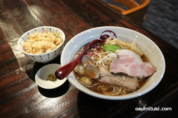 貝出汁 醤油 らぁ麺 & あさりの炊き込みご飯