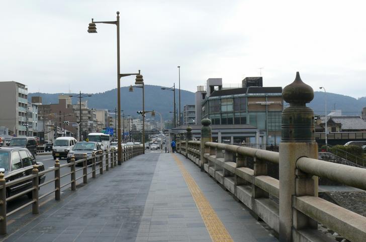 京都の五条大橋、これの遺構が京都の山中にあるらしい