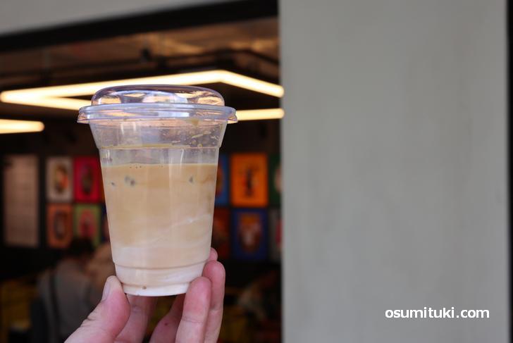 アイスカフェラテ(550円)
