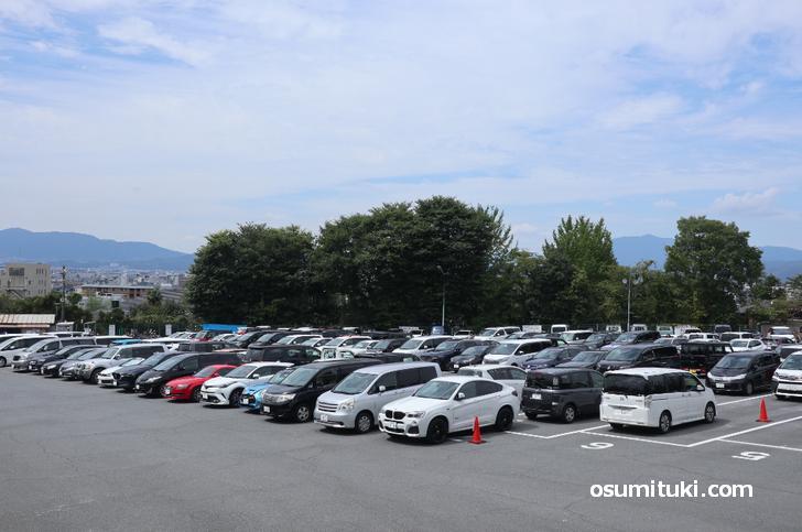 市営 清水坂観光駐車場、団体バスは1台もなし