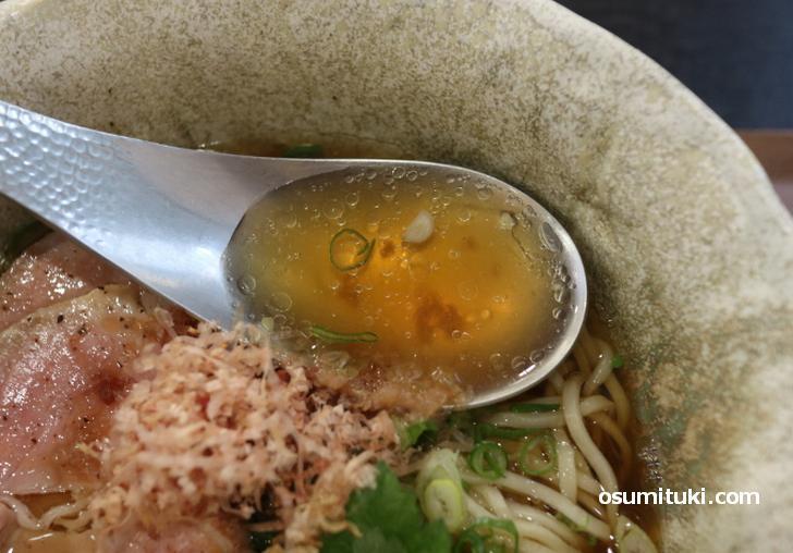 完全魚介の無添加・無化調スープ