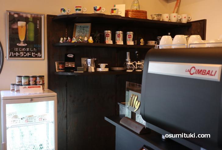 illy公式認定のカフェです