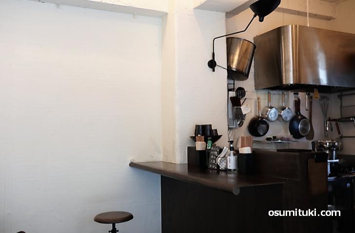 すごくお洒落な小さいカフェみたいな雰囲気
