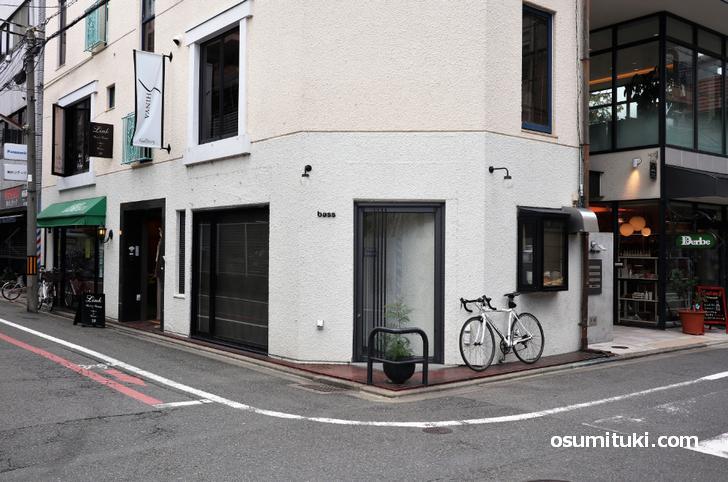 ラーメン・つけ麺 bass(店舗外観写真)