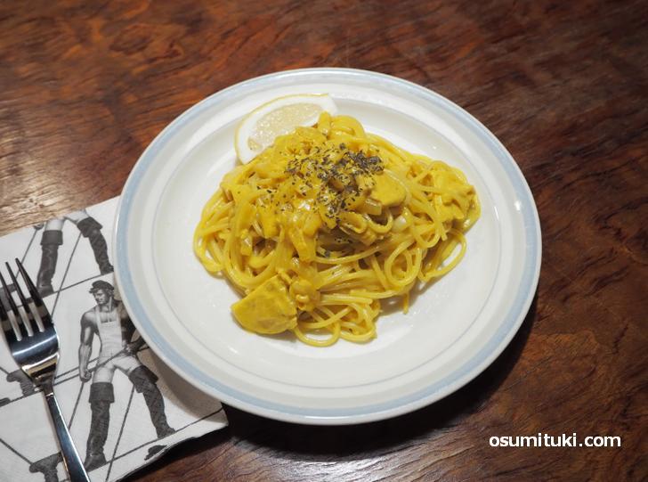 「cafe bar No.9」で一番人気のパスタ「pollo Limonello」