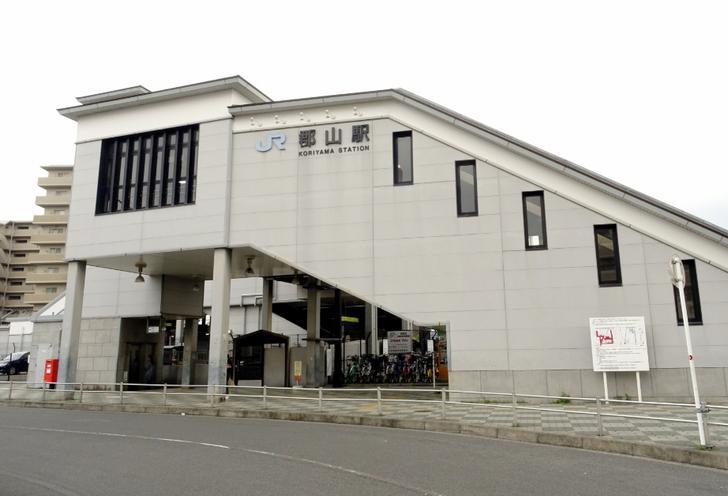 奈良県のJR「郡山駅」近くに謎の「道路標示 蟹す」があるらしい