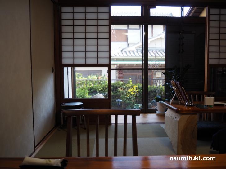 民家をそのまま使った家カフェです(Tea Room)