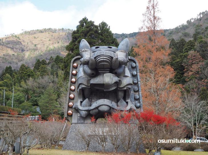 福知山市大江町にある鬼の像