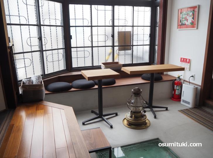 楽平家cafe(店内写真、洋間)