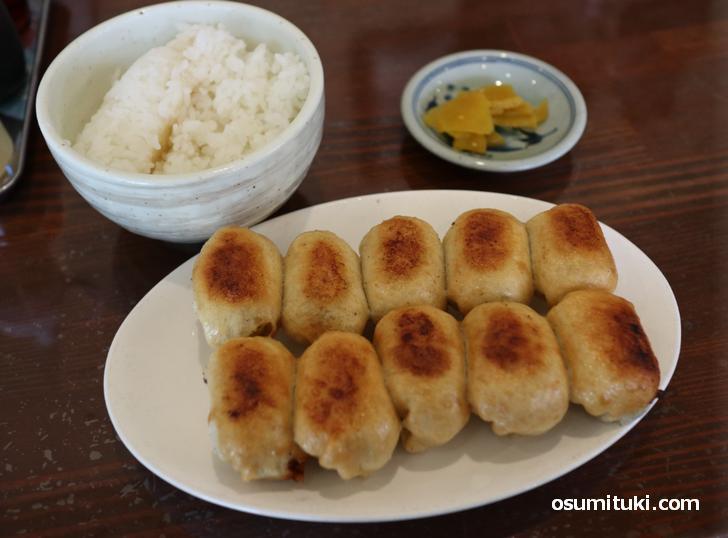 ホワイト餃子 (茶しん・滋賀県長浜市)