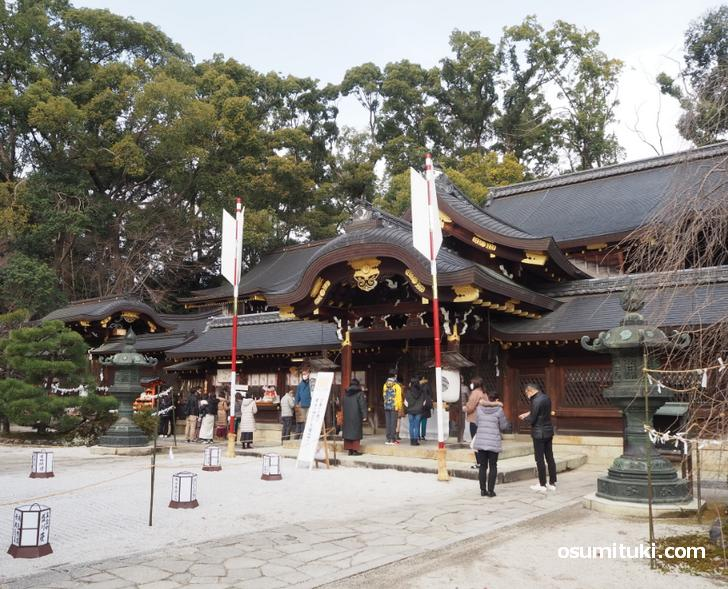 今宮神社の本殿は混雑していません(2020年1月3日)