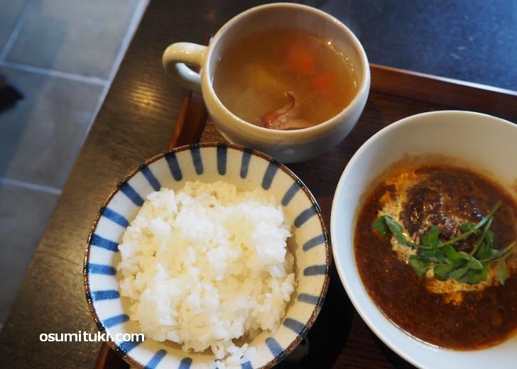 白ごはん・根菜スープ