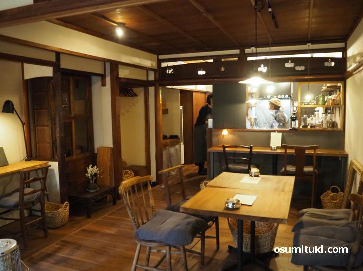 建物は昭和25年頃の和風住宅(京町家)