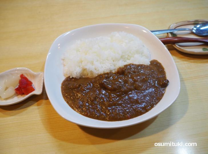カレーライス(限定5食、1200円)