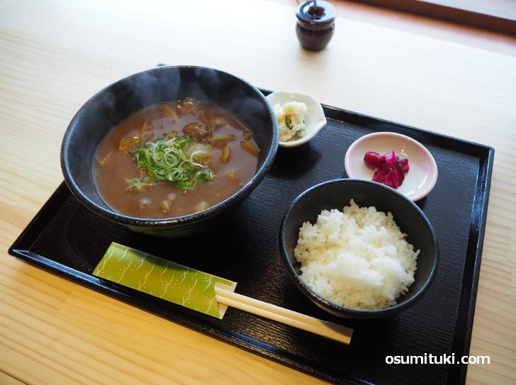 カレーそば定食(950円)