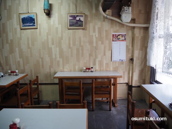 レストラン白扇(店内写真)