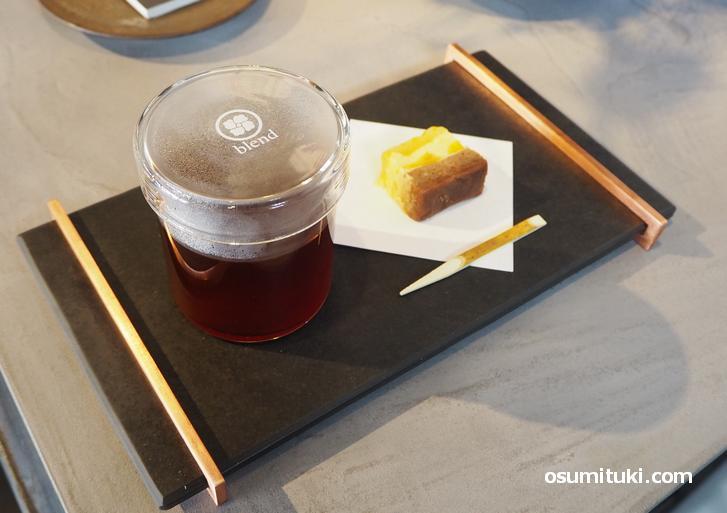 超浅煎りコーヒー+ケーキのセット