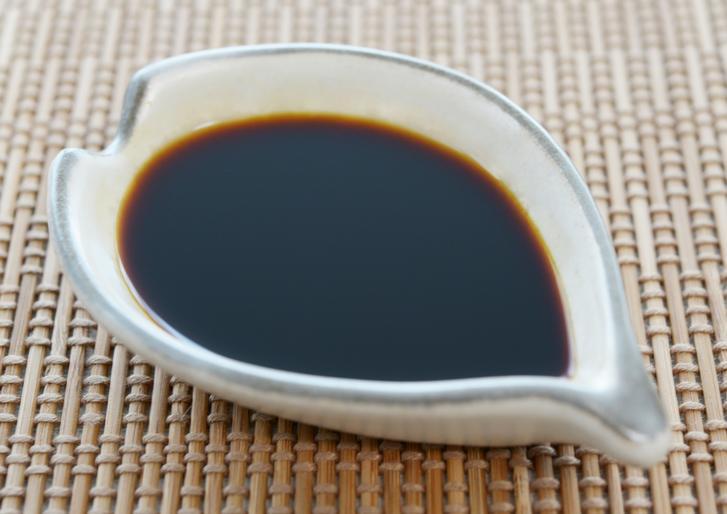 醤油の主原料は「大豆」以外になにが使われるのでしょうか?