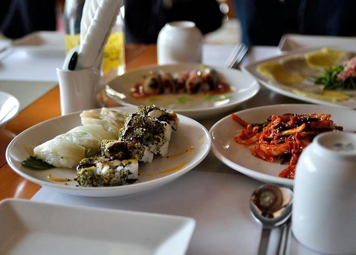 韓国料理店です