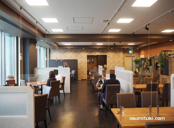 Cafe&Dining HANAむこう(店内写真)