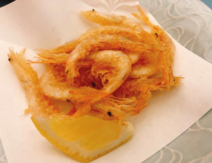 全国の居酒屋でも今はよく食べられる富山産白海老の天ぷら