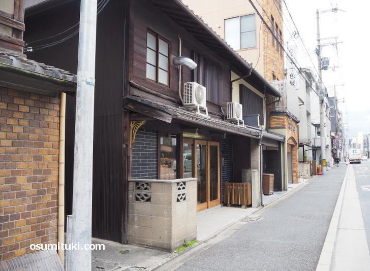 お酒と焼き菓子とおつまみのお店 あしべ(店舗外観写真)