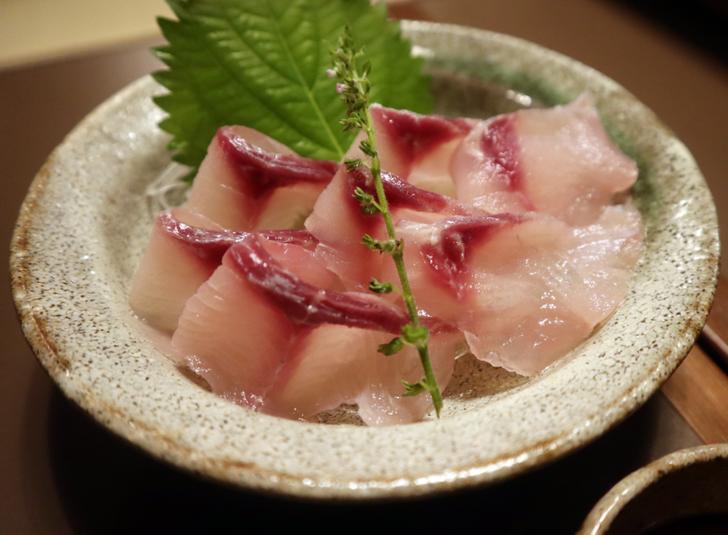 鯉の刺身、佐久鯉は臭みがないので食べやすい