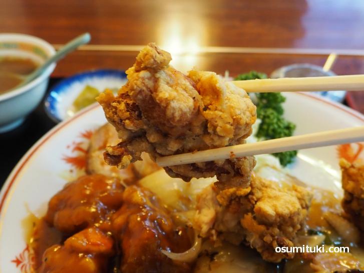中華唐揚げはサクサク食感です