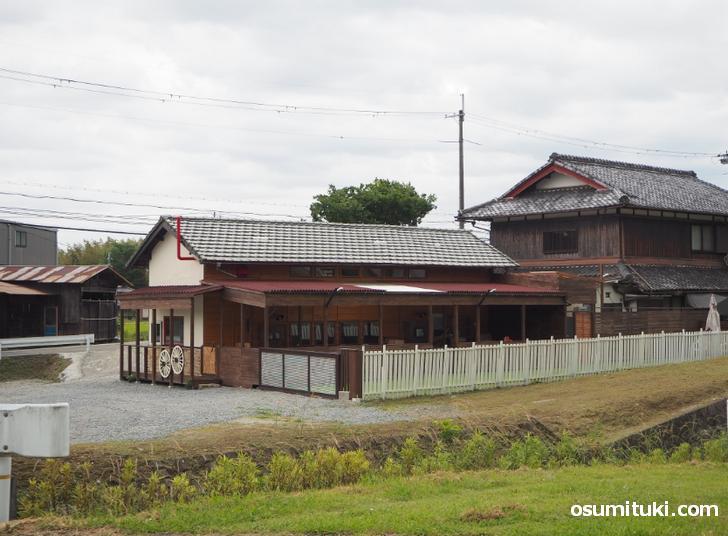納屋cafeハル(店舗外観写真)