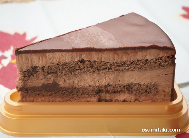糖質86%カットしたのに甘くてカカオの香りが贅沢なケーキでした